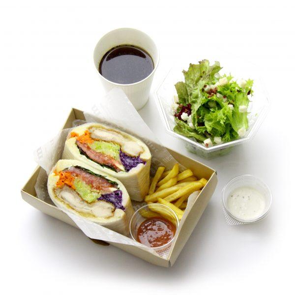 チキン竜田と彩り野菜のサンドイッチ