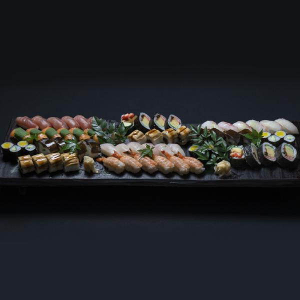 寿司盛り合せ 賑(にぎわい) 5〜6人前