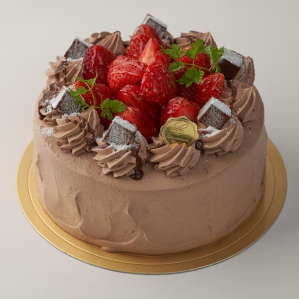 苺と生チョコのデコレーションケーキ 【2日前までにご注文ください】